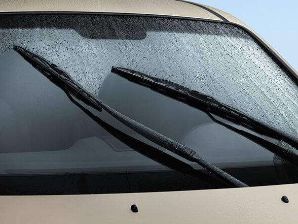 מכינים את הרכב לחורף: זוג מגבים שטוחים איכותיים   בעלי צורה אווירודינית אשר נצמדת לשמשה   מתאימים לכל סוגי הרכב, , large image number null