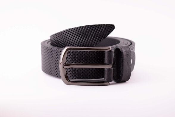 חגורת עור איכותית תוצרת איטליה בצבע שחור | הטבעת נקודות, , large image number null