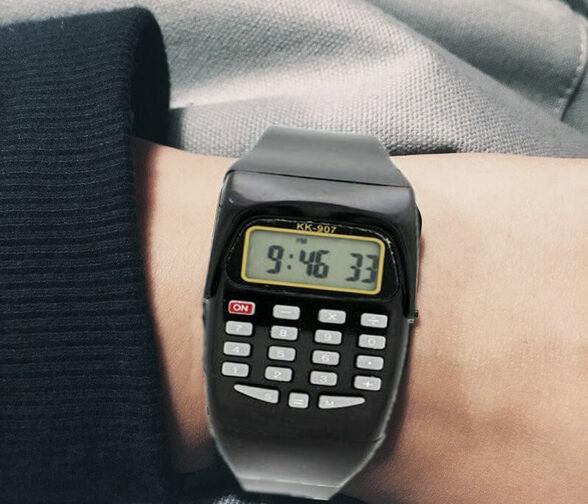 """מארז 3 שעוני יד דיגיטליים משולב מחשבון כולל תאורה, שעה ותאריך - רק ב 10 ש""""ח לשעון!, , large image number null"""