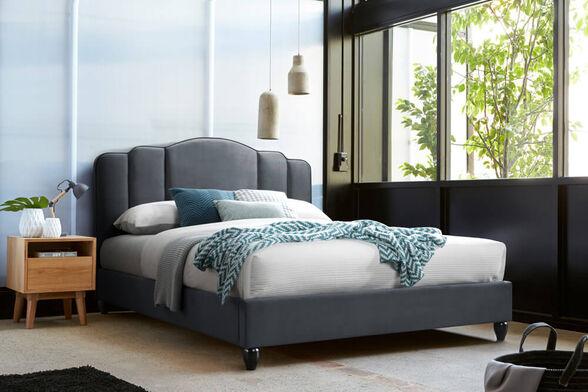 מיטה זוגית מרופדת בד 140x190 עם ראש מדורג ורגלי עץ מלא HOME DECOR דגם אואזיס , , large image number null