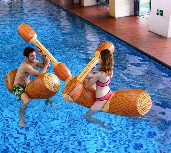 """מי מפיל את מי – משחק דו קרב מאתגר לבריכה - משקל מקסימלי 80 ק""""ג, , large image number null"""