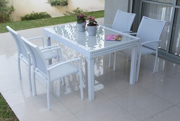 פינת אירוח לגינה עם שולחן ניפתח ל-180 + 4 כיסאות תואמים בצבע אבן _לבן, , large image number null